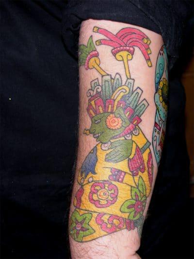 Tatuajes de Aztecas Brazo