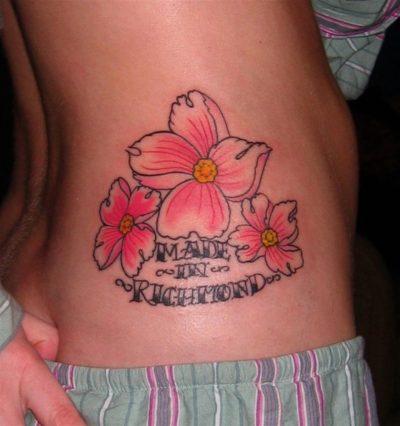 Tatuajes de Flores de Cerezo Costado