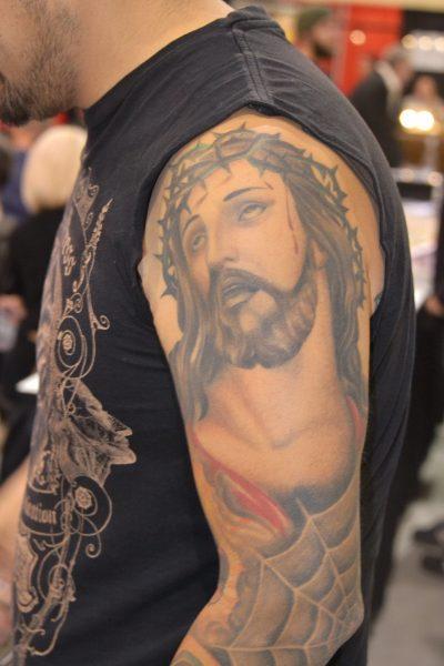 Tatuaje de Jesús Brazo