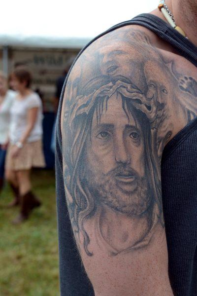 Tatuaje de Jesús Hombro