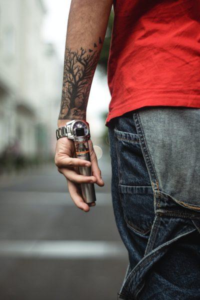 Tatuajes de Árboles en el Brazo Mediano