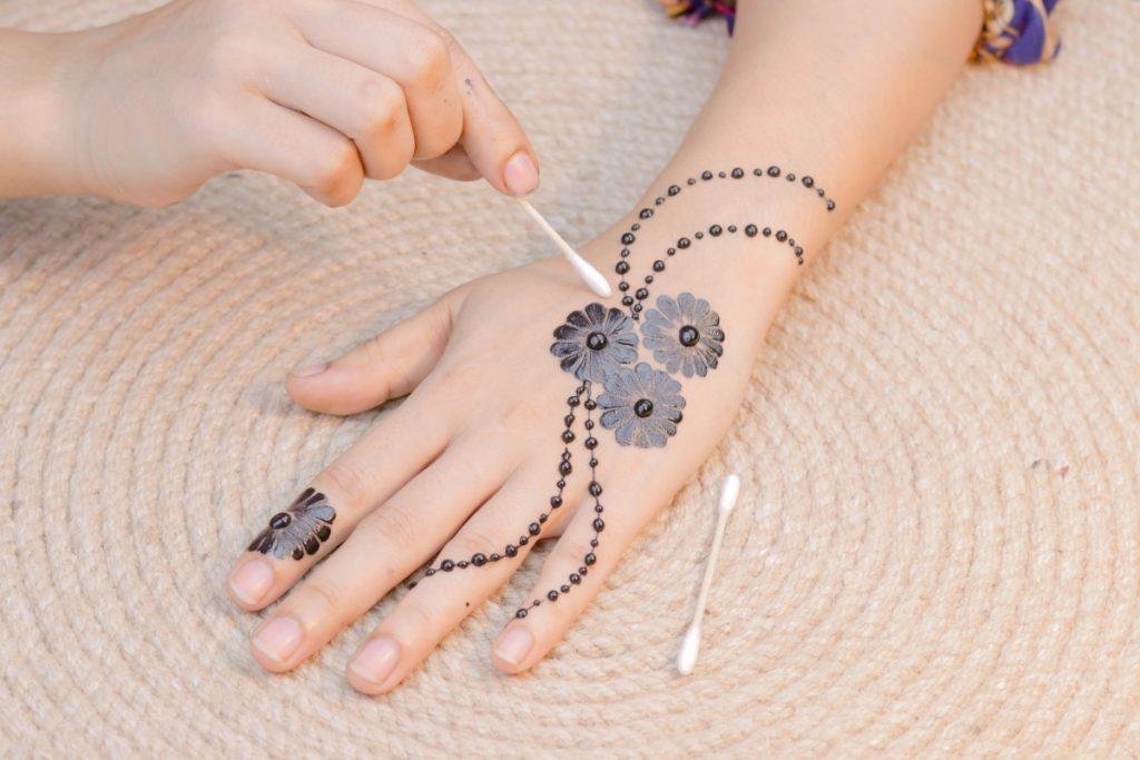Tatuajes de Henna Pequeños Dedo
