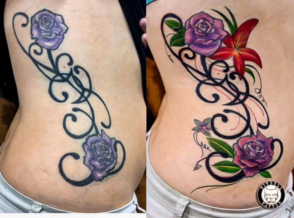 Tatuajes de Rosas Púrpura Costillas