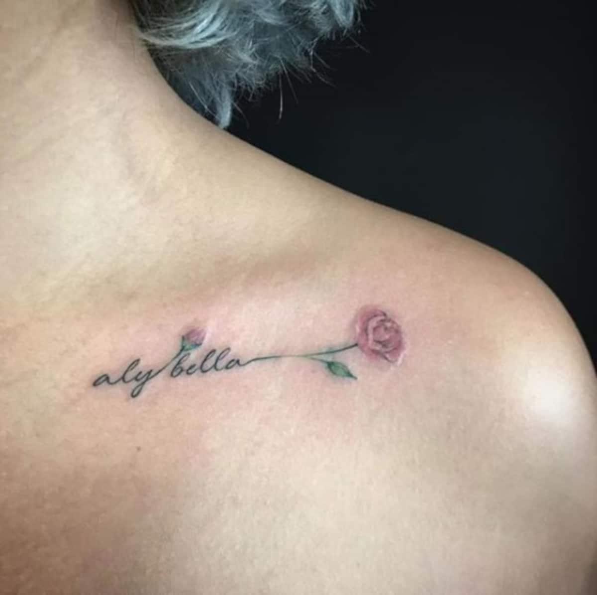 Tatuaje Rosa Bella y Bestia Hombro