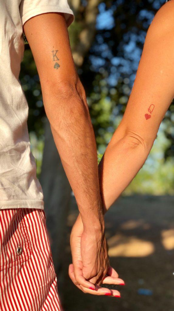 Tatuajes Pequeños para Parejas Cartas