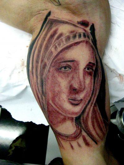 Tatuaje Virgen Fátima
