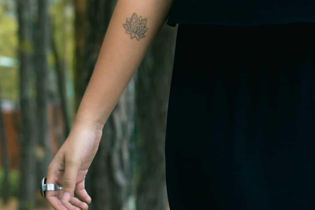 Tatuajes de Yoga Loto