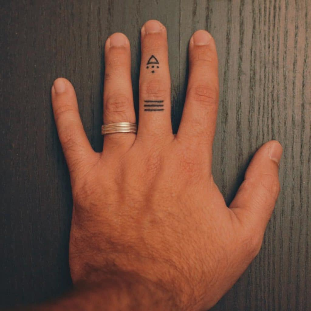 Tatuaje Handpoke Mano