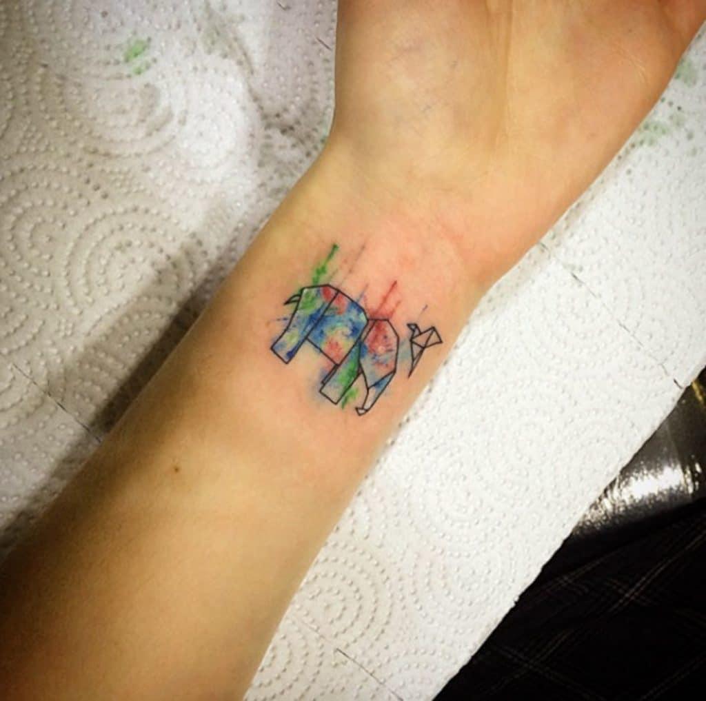 Tatuajes de Elefantes Pequeños Acuarela