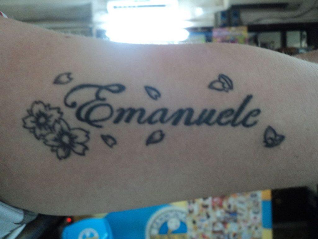 Tatuajes de Nombres de Hijos Flor