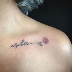 Tatuajes de Rosa Minimalista