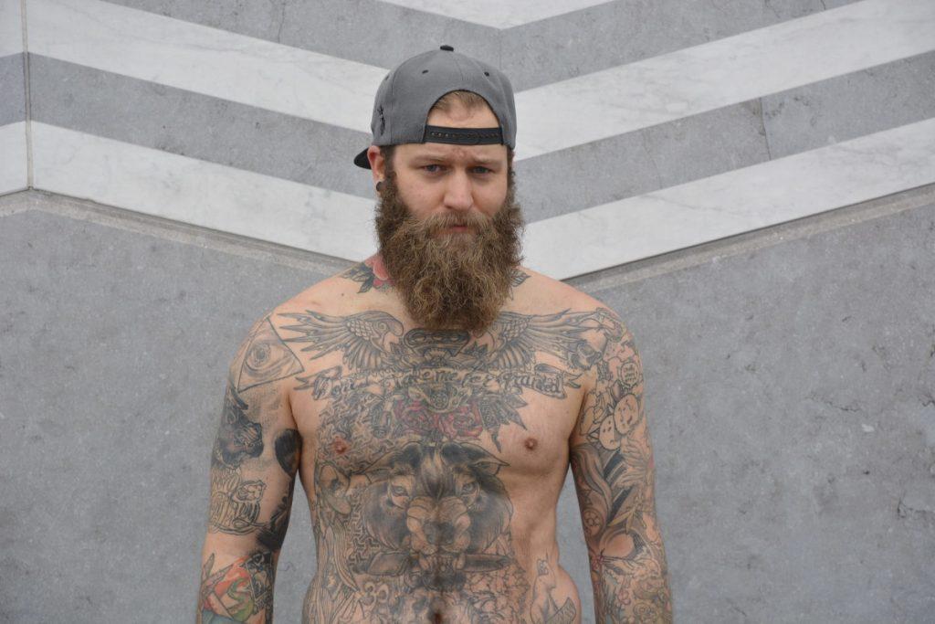 Tatuajes en Todo el Cuerpo Vikingo