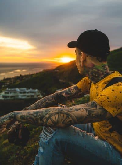 Tatuajes de Brazo Entero Brújula