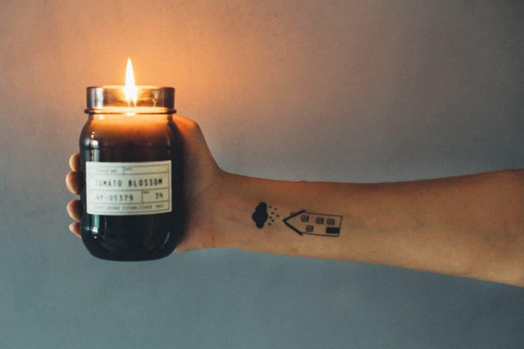 Tatuajes Finos Mujer Casa