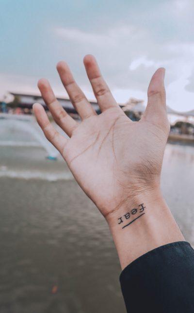 Tatuajes Finos Mujer Palabra