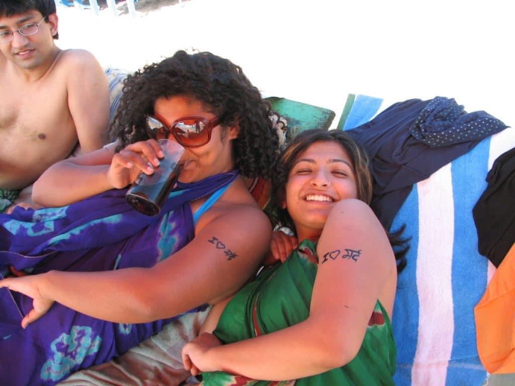 Tatuajes Pequeños Amigas Bebida