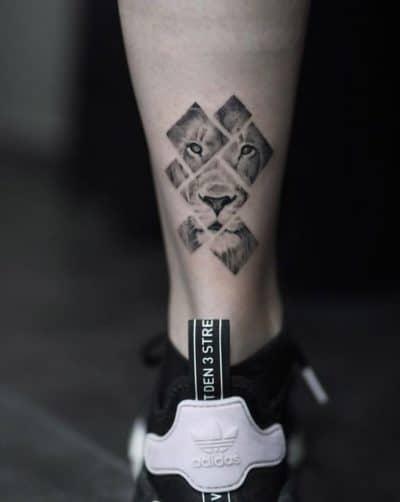 Tatuajes del Signo Leo Pierna