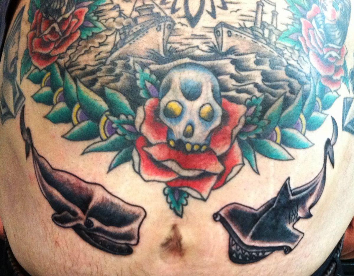 Mientras más grandes sean los tatuajes, menos se notará si se deforman
